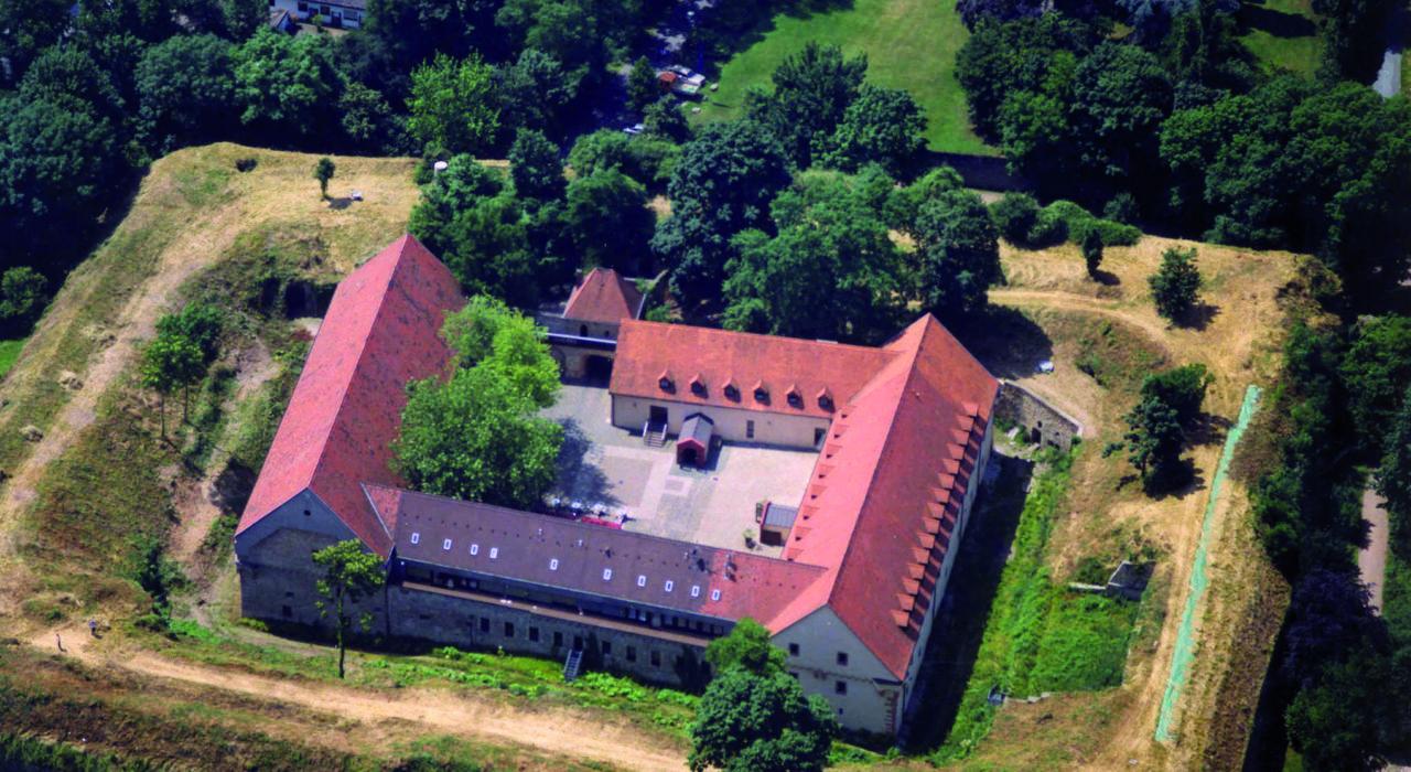 Festung Rüsselsheim Luftbild